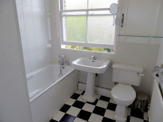 bathroomprioryd.jpg