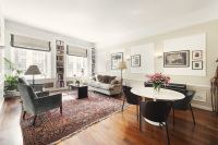 2 bedroom Flat for sale in Princes Gate, London, SW7