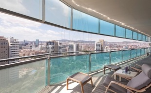 3 bedroom Apartment in Catalonia, Barcelona...