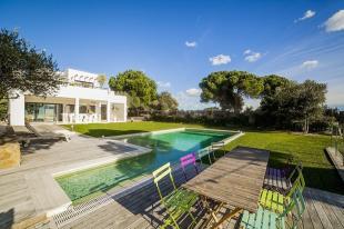 Villa in San Andres De Llavaneras...