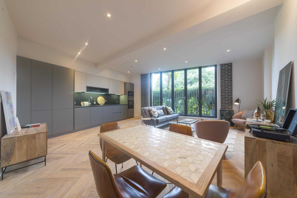 Reception/kitchen space