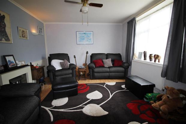 ascotlivingroom.jpg