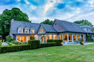 Country House for sale in Antwerp, Antwerp...