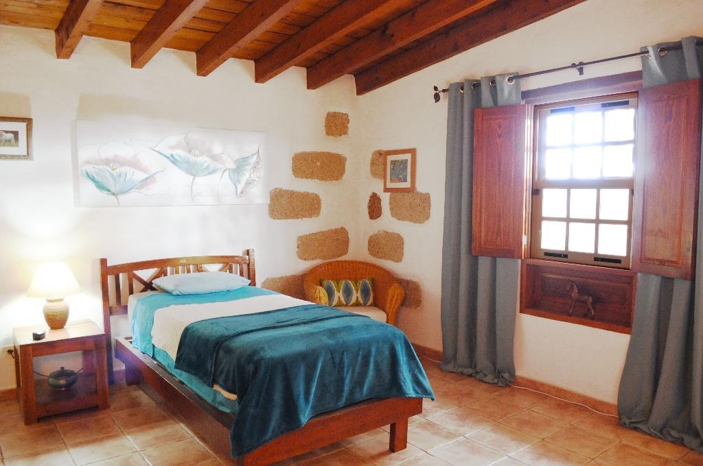 3 bed Villa in Arona, Tenerife...