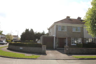 4 bed semi detached house for sale in Leixlip, Kildare