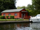 4 bedroom Detached Bungalow in Henley-On-Thames