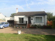 Detached Bungalow for sale in Towpath, Shepperton, TW17