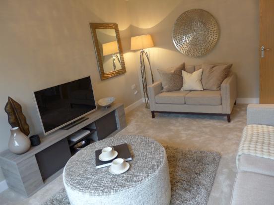 Similar lounge