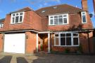 4 bedroom Detached house in Surbiton