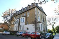 2 bedroom Apartment in Maple Road, Surbiton