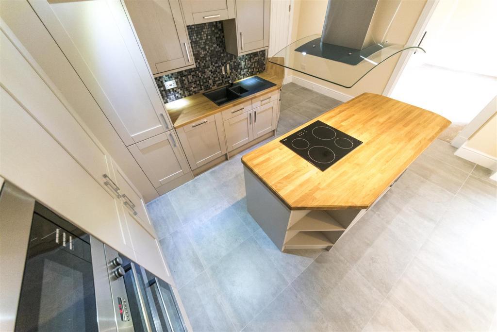 10 Kitchen Five.jpg