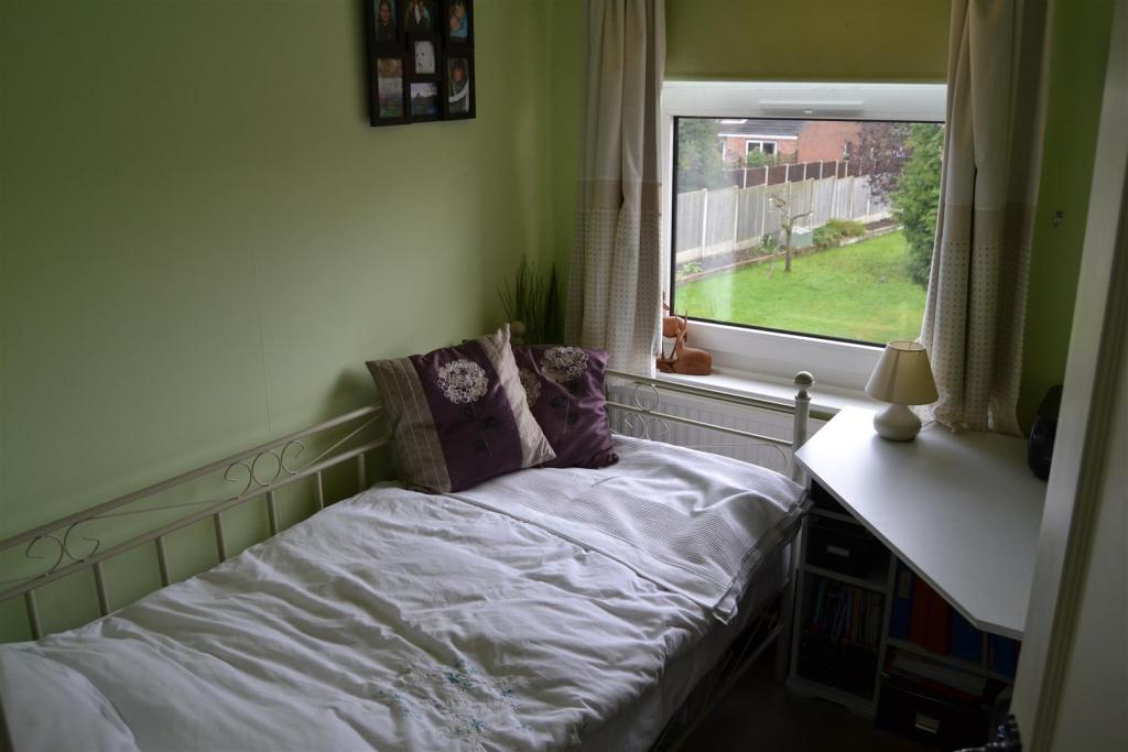 Bedroom 3`.JPG