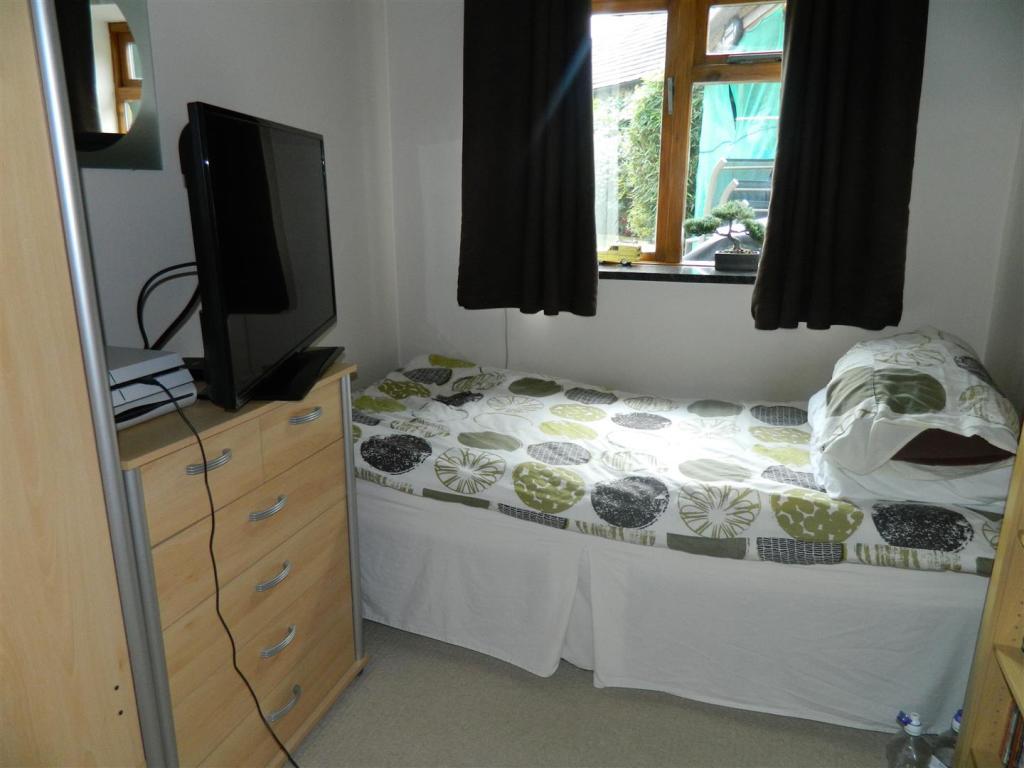 Study Bedroom.JPG