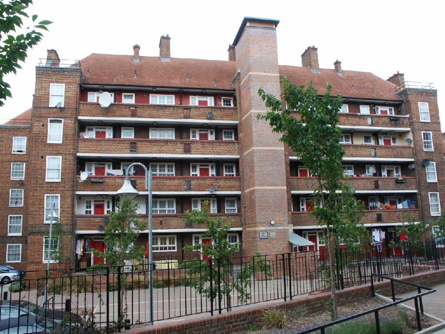 2 bedroom duplex for sale, Tolsford Road, Pembury Estate ...