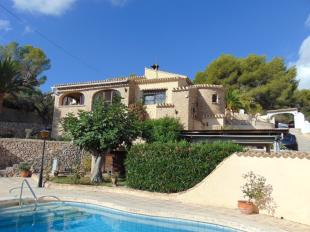 Detached Villa for sale in Benissa, Alicante...