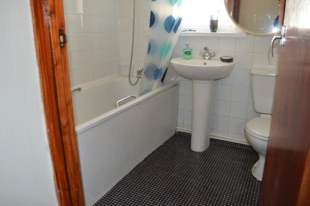 F/f bathroom
