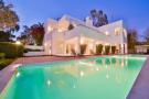 4 bedroom Detached Villa for sale in Elviria Costa del Sol