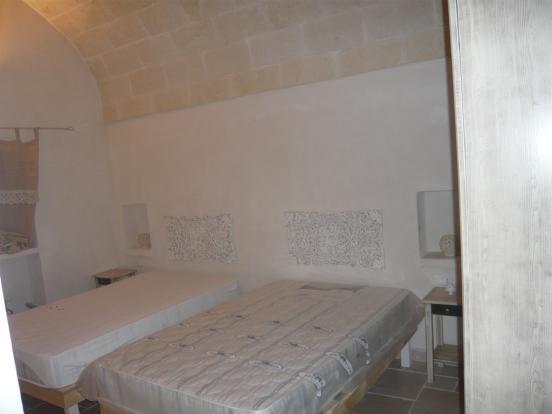 Bedroom 2 villa 2