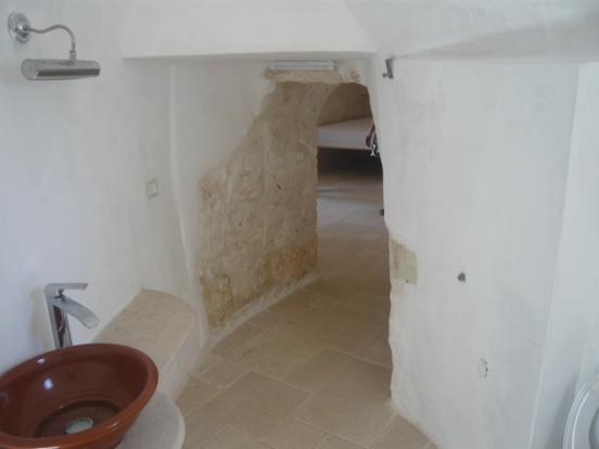 Bathroom in trullo 2