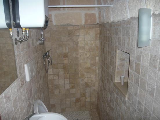 Trullo bathroom