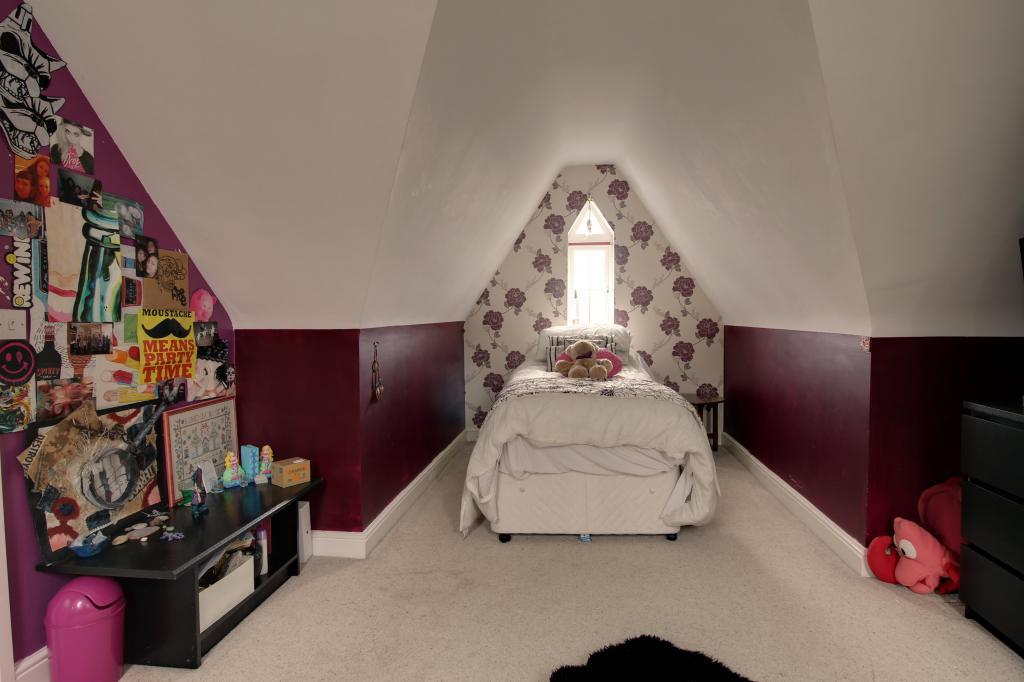 Bedroom 4 (Double)