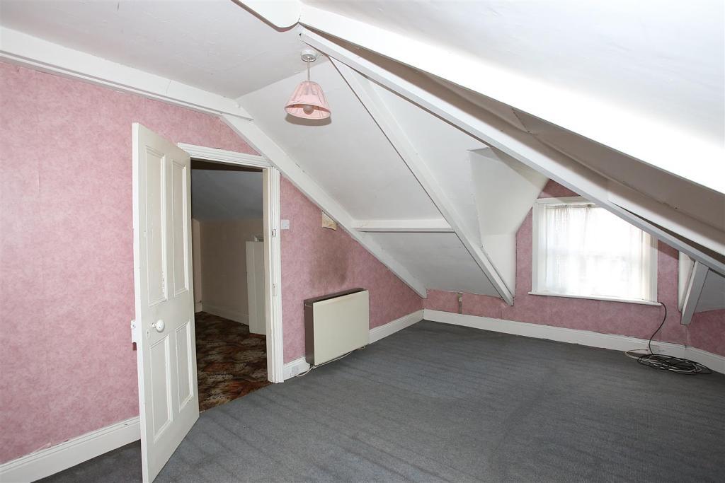 BEDROOM ONE (LOFT)