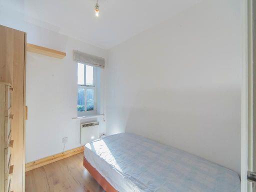 8A-bed2.jpg