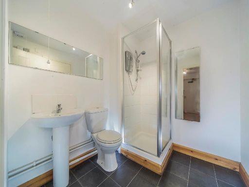 8A-shower-room.jpg