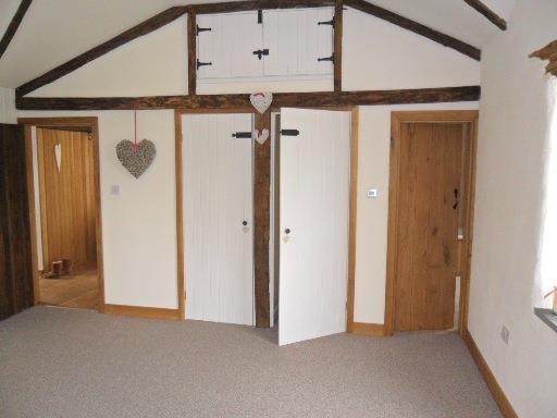 Main-bed-1.jpg