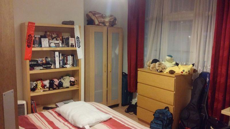 2 Bedroom2.JPG