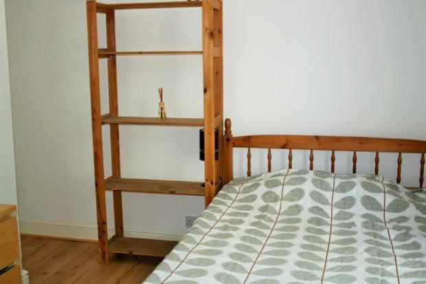 Bedroom 1F2.JPG