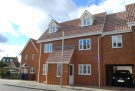 5 bed Link Detached House in Norfolk Place...