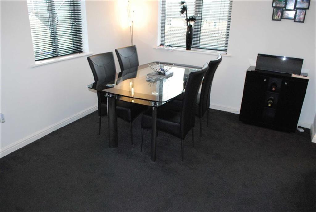 Lounge/Diner: