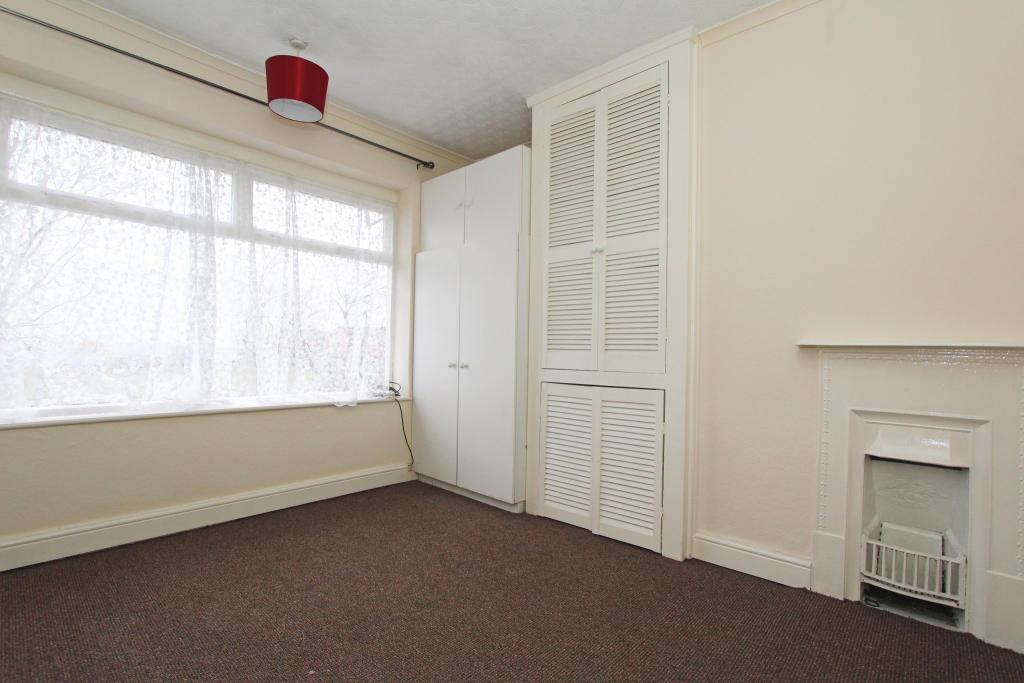 3 bedroom semi detached house to rent in eastern crescent for Door 43 sheffield