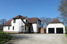 4 bed Detached house in Graffham