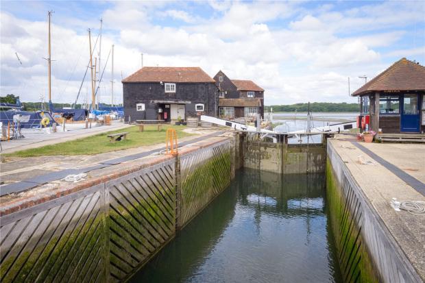 Birdham Pool Lock