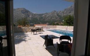 4 bed Detached property in Kotor