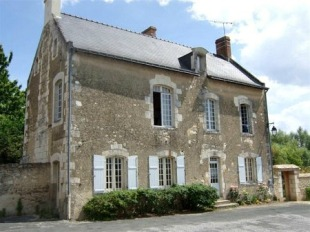 4 bed Character Property in Pays de la Loire...