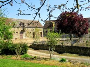 Farm House for sale in Parcé-sur-Sarthe, Sarthe...