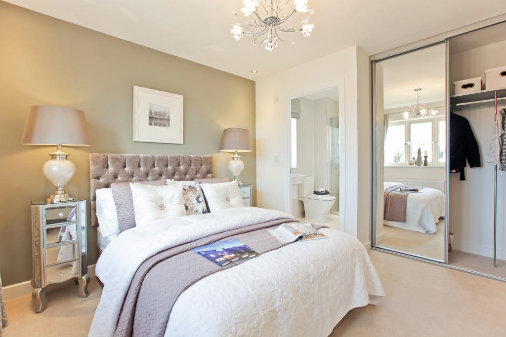 Sandham_bedroom_1