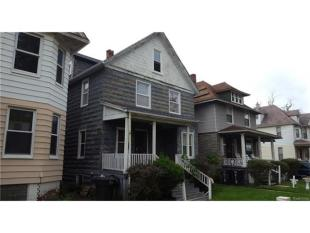 3 bed property in Michigan, Wayne County...