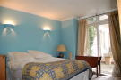 Flat for sale in Westbourne Terrace...