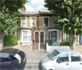 Terraced home to rent in Woodville Road, London...
