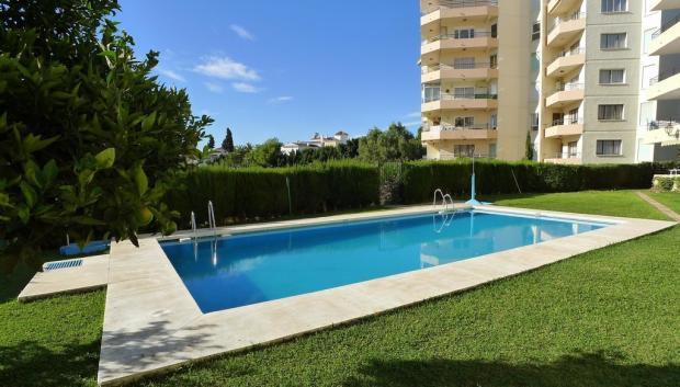 1524 pool (Large)