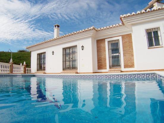 1313 pool villa low