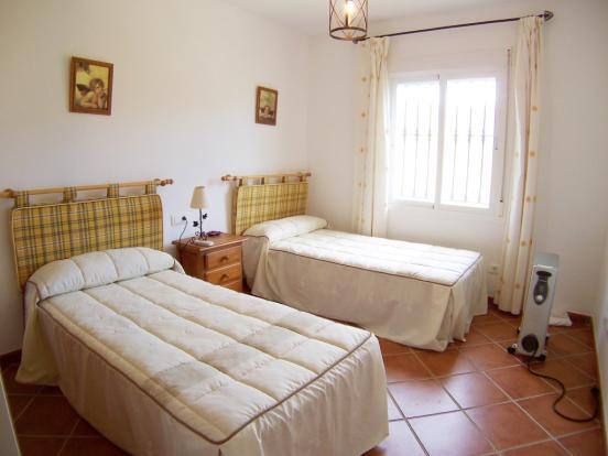 1313 bed2 (Medium)