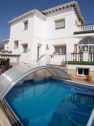 1240 pool villa port