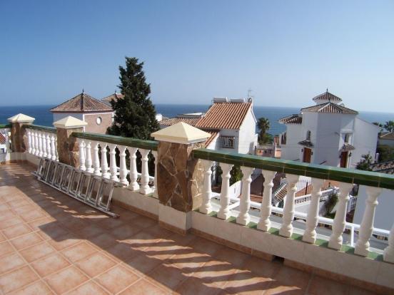 1240 terrace1 (Mediu