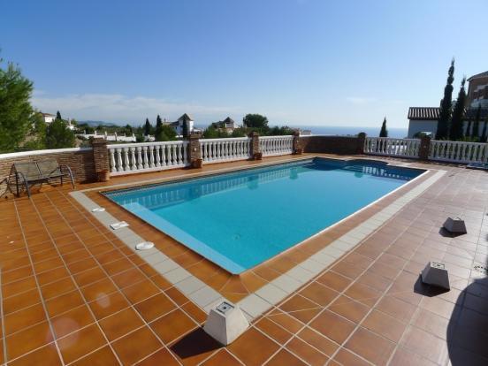 1449 pool view (Medi