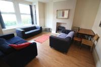 6 bed Terraced house in Headingley Avenue...